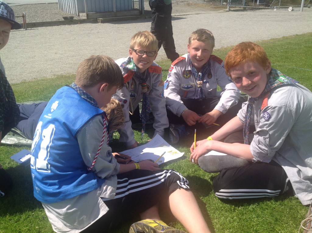 Tjeld fta 1. Langesund på orienteringsteorien. Foto: Trond Engen