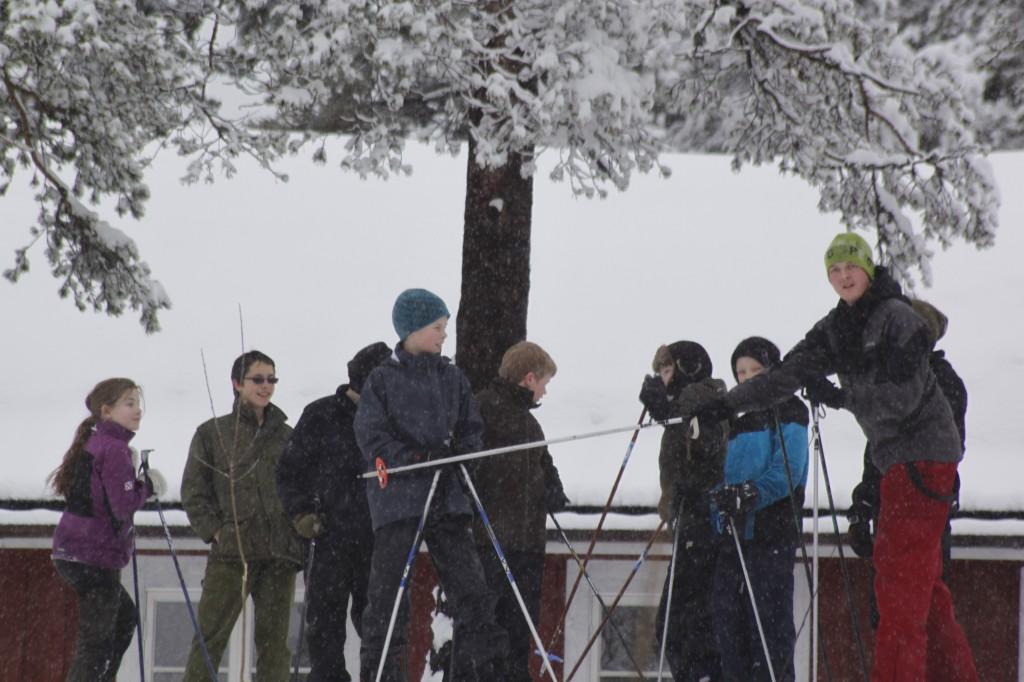 Bjørn Vegard styrer starten. Alexander M. venter på klarsignal. Foto: Kristoffer Nilsson