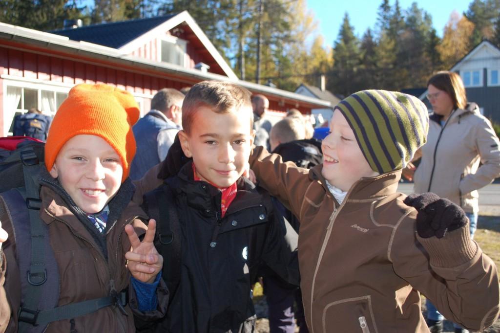 Tre aspiranter i Solvika lørdag formiddag. To til kom opp seinere på dagen. Foto: Hanne Birte Hulløen