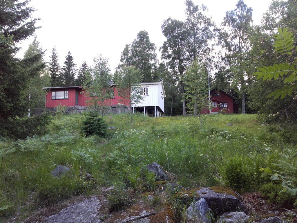 Etter rundt 1200 arbeidstimer nærmer tilbygget på Speiderhytta seg ferdig. Foto: Trond Engen